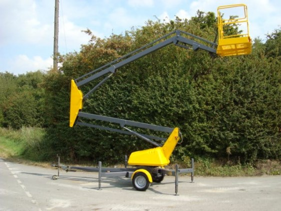 Aerial Scissor lift in action