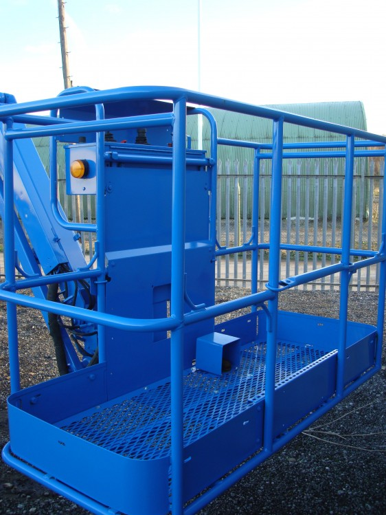 Genie S85-7 lift control station