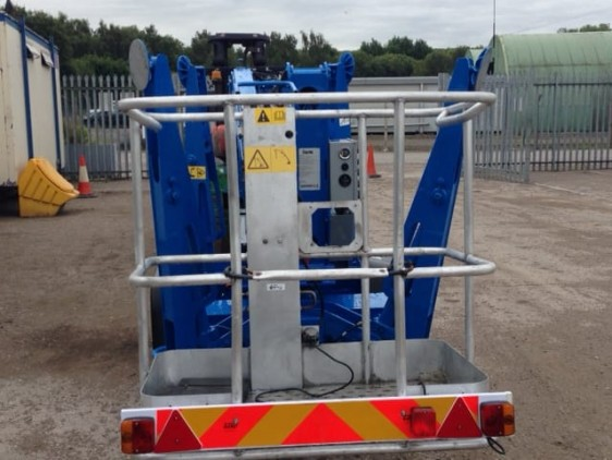Genie lift safety cage and control panel